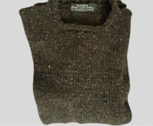 Dark green bogman sweater